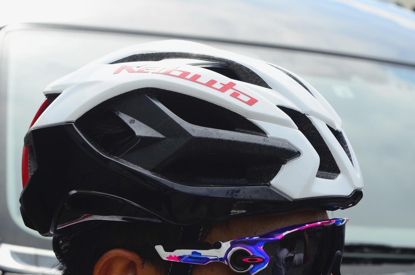 選手たちをトリコにするヘルメット《IZANAGI》2つの性能