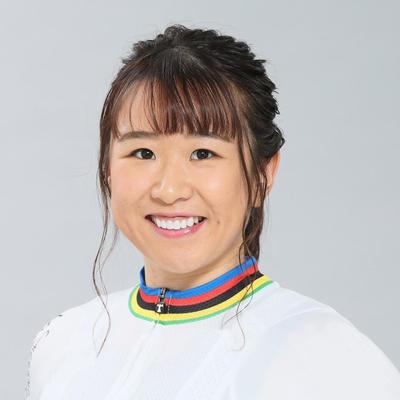 Yumi-KAJIHARA.jpg